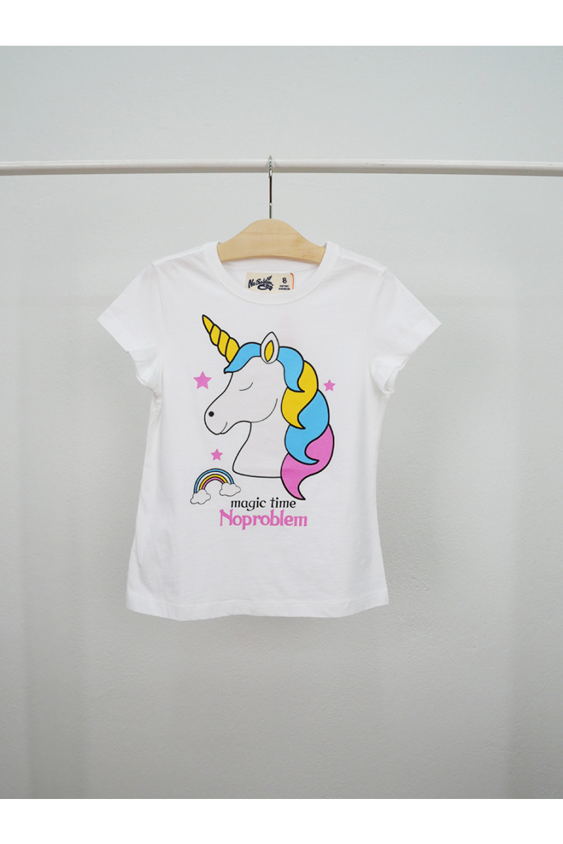 Cute and bright unicorn style - White